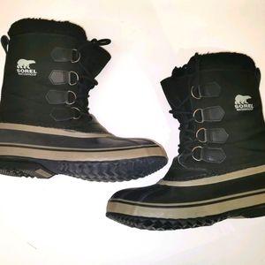Men's black Sorel boots size 9